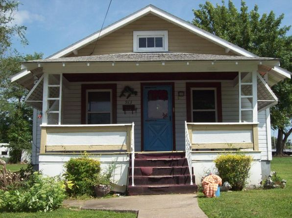 3 bed 1 bath Single Family at 913 E Holt St Mexico, MO, 65265 is for sale at 18k - 1 of 2