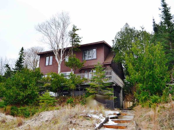 4 bed 3 bath Single Family at 04061 Lake Shore Dr Charlevoix, MI, 49720 is for sale at 550k - 1 of 50