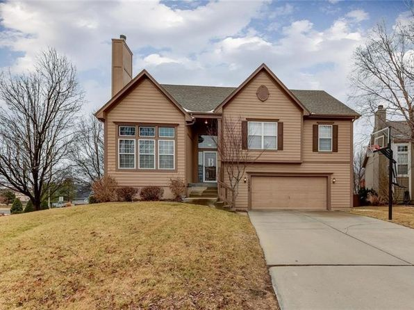 4 bed 3 bath Single Family at 15590 S Bradley Dr Olathe, KS, 66062 is for sale at 290k - 1 of 25