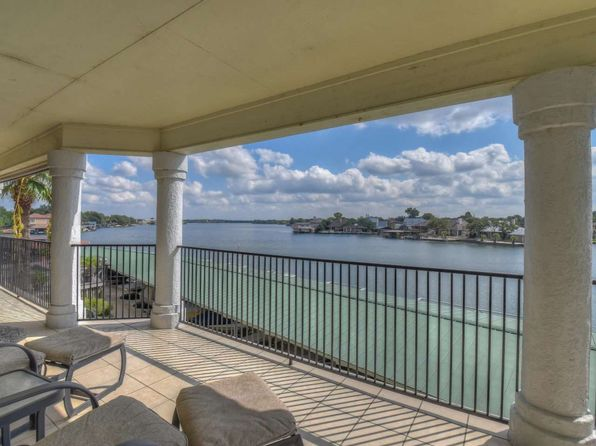 3 bed 2 bath Condo at 2509 Diagonal Horseshoe Bay, TX, 78657 is for sale at 529k - 1 of 24