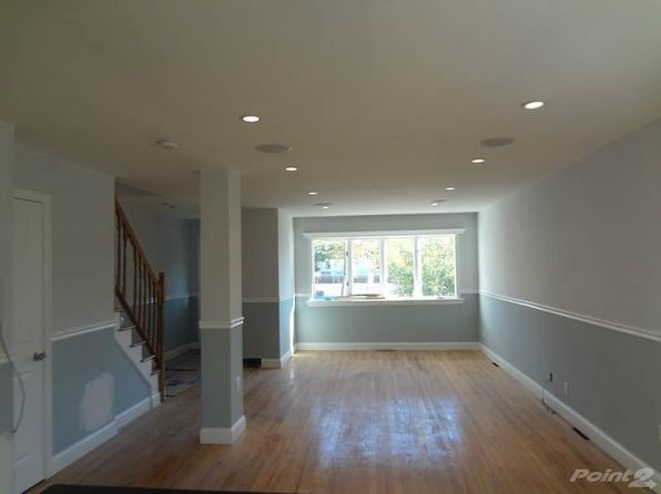 3 bed 3 bath Single Family at 1 Fam Cincinnatus Ave Bronx, NY, 10473 is for sale at 449k - 1 of 6
