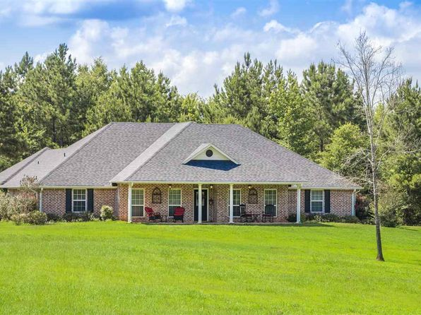 4 bed 3 bath Single Family at 13166 County Road 183d Overton, TX, 75684 is for sale at 385k - 1 of 24