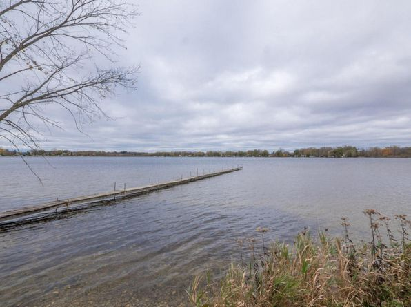 1 bed 1 bath Single Family at 7370 DRUID LAKE RD HARTFORD, WI, 53027 is for sale at 280k - 1 of 15