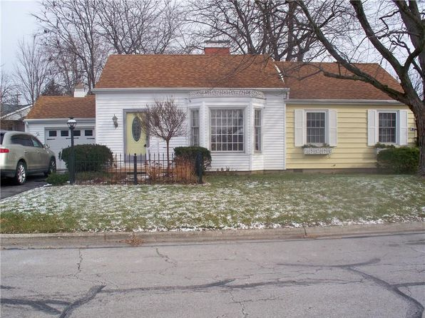 2 bed 2 bath Single Family at 502 Jackson St Wapakoneta, OH, 45895 is for sale at 120k - 1 of 18