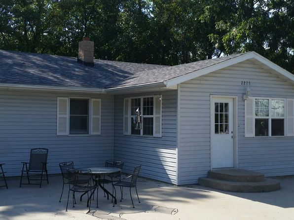 4 bed 3 bath Single Family at 2223 S Landing Creek Rd Jefferson City, MO, 65101 is for sale at 182k - 1 of 28