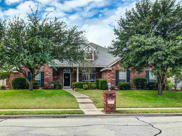4 bed 3 bath Single Family at 317 Stallion Waco, TX, 76712 is for sale at 375k - 1 of 36