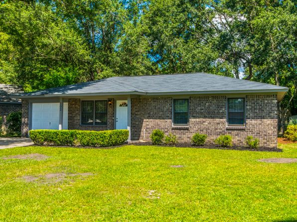 3 bed 1.5 bath Single Family at 102 Kirk Ct Summerville, SC, 29486 is for sale at 140k - 1 of 19