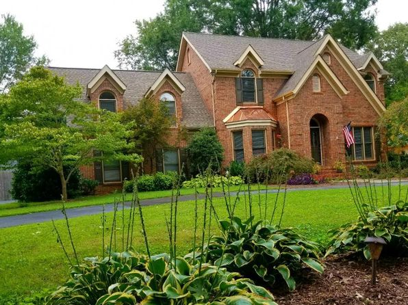 3 bed 3 bath Single Family at 132 Thomaswood Chase Tullahoma, TN, 37388 is for sale at 265k - 1 of 49