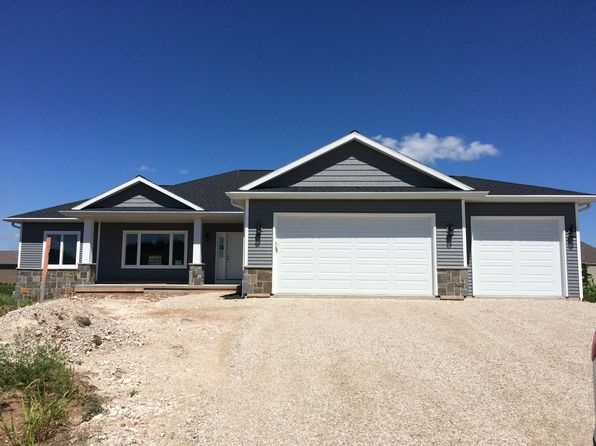 3 bed 2 bath Single Family at N5928 Wild West Ln Fond Du Lac, WI, 54937 is for sale at 290k - 1 of 7