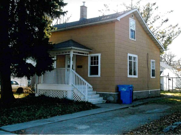 3 bed 2 bath Single Family at 607 E Milwaukee St Watertown, WI, 53094 is for sale at 93k - 1 of 6