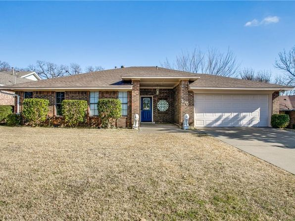 3 bed 2 bath Single Family at 310 Post Oak Dr Grand Prairie, TX, 75050 is for sale at 210k - 1 of 25