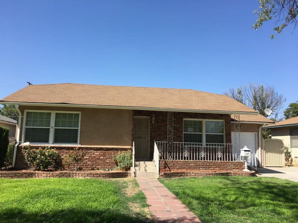 3 bed 2 bath Single Family at 1142 W Saginaw Way Fresno, CA, 93705 is for sale at 130k - 1 of 9