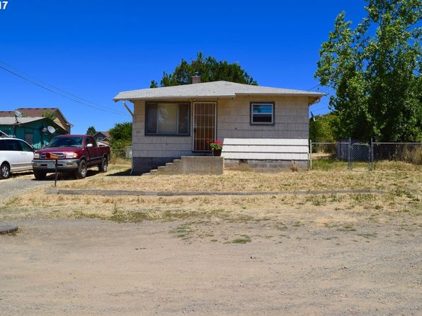 2 bed 1 bath Single Family at 251 Doris St Roseburg, OR, 97471 is for sale at 125k - 1 of 16