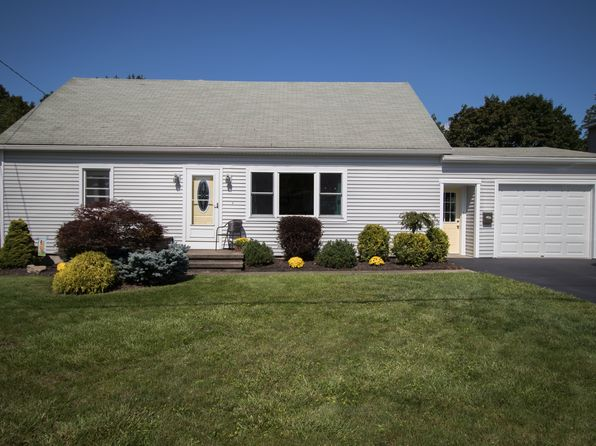 4 bed 3 bath Single Family at 7 Wadas Dr New York Mills, NY, 13417 is for sale at 180k - 1 of 29