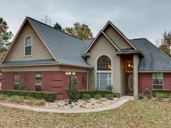 4 bed 2 bath Single Family at 106 Wilderness Cv Texarkana, TX, 75501 is for sale at 280k - 1 of 20