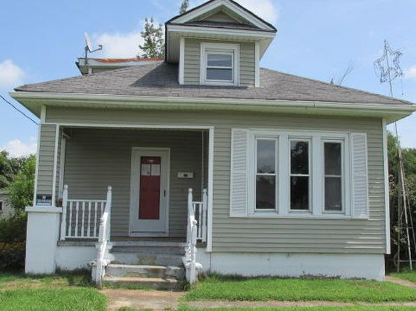 4 bed 1 bath Single Family at 411 E 8th St Metropolis, IL, 62960 is for sale at 15k - 1 of 15