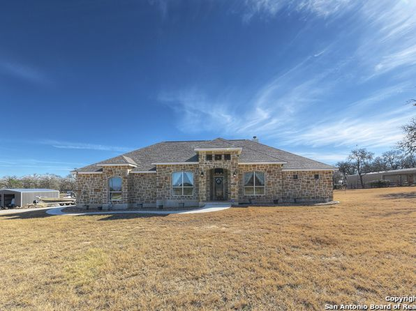 4 bed 2.5 bath Single Family at 156 Hidden Forest Dr Lavernia, TX, 78121 is for sale at 415k - 1 of 25