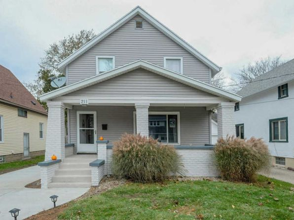 4 bed 1.5 bath Single Family at 211 Burr Oak St NE Grand Rapids, MI, 49505 is for sale at 145k - 1 of 36