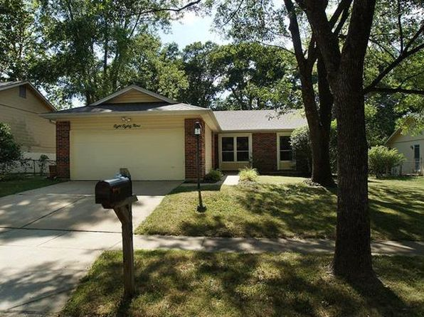 3 bed 2 bath Single Family at 889 Parma Dr Ballwin, MO, 63021 is for sale at 195k - 1 of 27