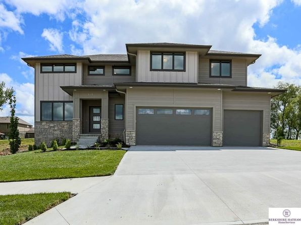 4 bed 3 bath Single Family at 19911 Sherwood Cir Gretna, NE, 68028 is for sale at 440k - 1 of 34