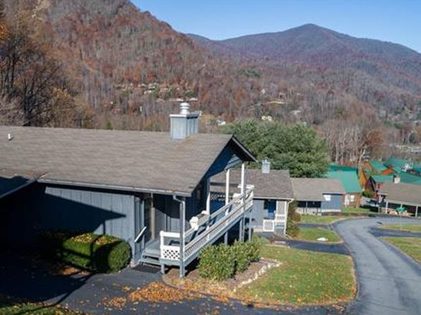 2 bed 3 bath Single Family at 122 Stoney Ridge Loop Maggie Valley, NC, 28751 is for sale at 150k - 1 of 20