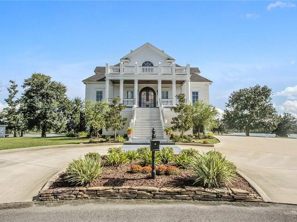 4 bed 6 bath Single Family at 4374 Bayou Bay Dr Lake Charles, LA, 70605 is for sale at 1.79m - 1 of 25