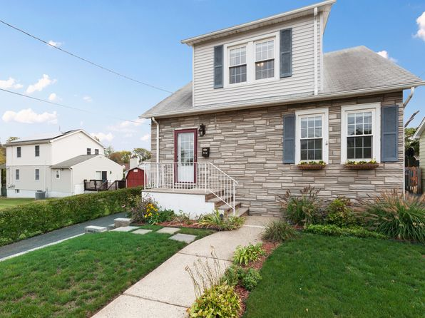 3 bed 2 bath Single Family at 322 Clinton Ave Manville, NJ, 08835 is for sale at 270k - 1 of 29
