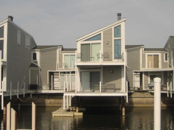 3 bed 3 bath Condo at 47 Harbor Isle Dr New Buffalo, MI, 49117 is for sale at 589k - 1 of 16