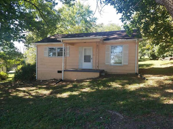 2 bed 1 bath Single Family at 611 King Ave Auction Morristown, TN, 37814 is for sale at 0 - 1 of 26