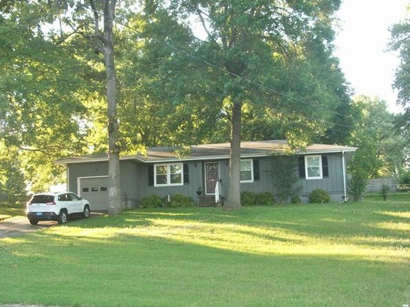 3 bed 2 bath Single Family at 3511 Bahama Dr Hopkinsville, KY, 42240 is for sale at 136k - 1 of 24