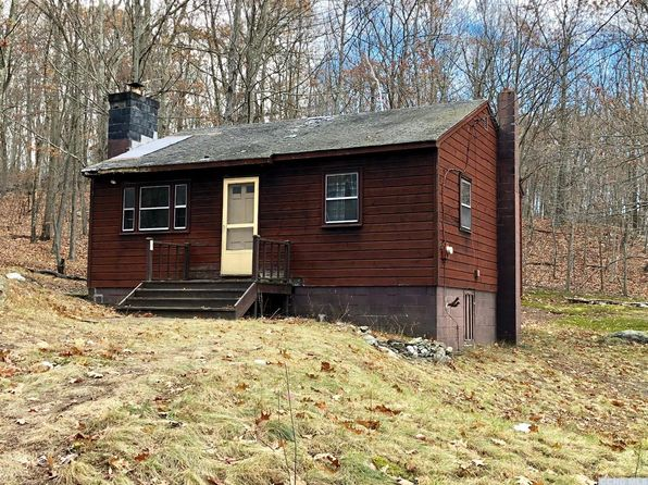 2 bed 1 bath Single Family at 52 E Pond Lilly Rd Ancram, NY, 12502 is for sale at 95k - 1 of 13