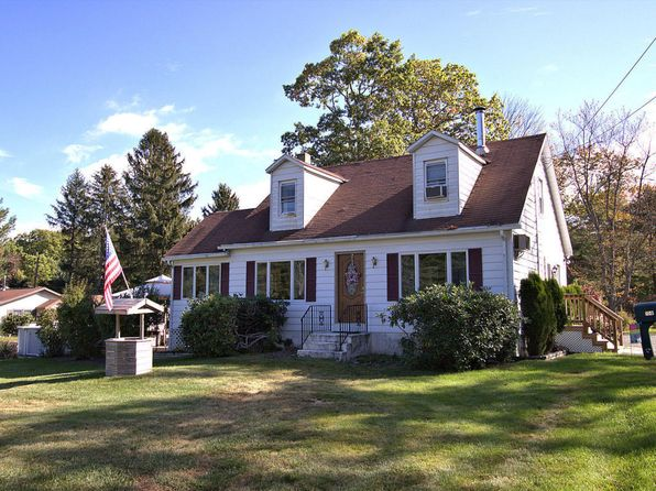 3 bed 1 bath Single Family at 100 S Sunset Dr Greentown, PA, 18426 is for sale at 130k - 1 of 26