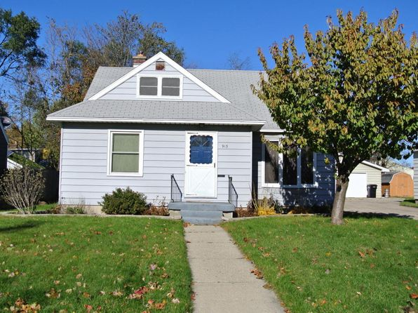 3 bed 2 bath Single Family at 913 Blanchard St SW Wyoming, MI, 49509 is for sale at 145k - 1 of 13