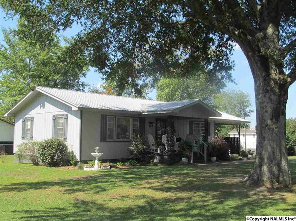 2 bed 1 bath Single Family at 114 Broadway St Rainsville, AL, 35986 is for sale at 97k - 1 of 47