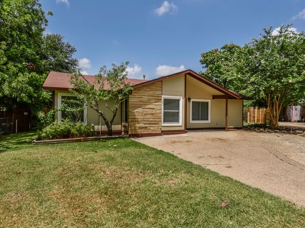 3 bed 2 bath Single Family at 1303 Suffolk Dr Austin, TX, 78723 is for sale at 418k - 1 of 23