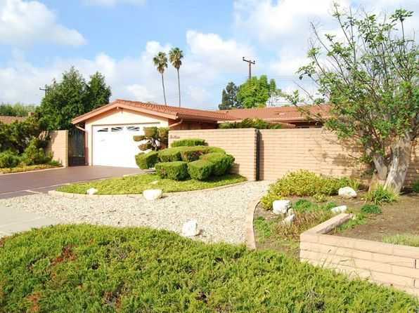 3 bed 2 bath Single Family at 1620 White Oak St Costa Mesa, CA, 92626 is for sale at 749k - 1 of 24