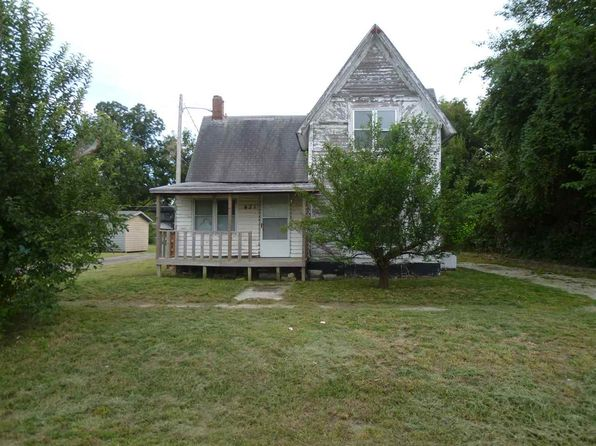 3 bed 1 bath Single Family at 421 W 8th Ave Winfield, KS, 67156 is for sale at 21k - 1 of 9