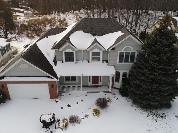 4 bed 2.5 bath Single Family at 7060 Lassiter Dr Cleveland, OH, 44129 is for sale at 215k - 1 of 30