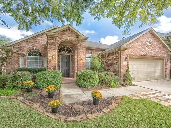 4 bed 2 bath Single Family at 1912 Honey Mesquite Ln Flower Mound, TX, 75028 is for sale at 323k - 1 of 36