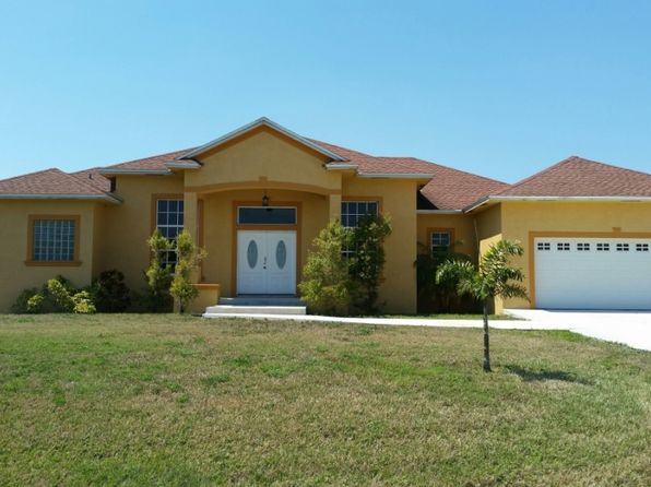3 bed 2 bath Single Family at 1218 SE 12TH DR OKEECHOBEE, FL, 34974 is for sale at 305k - 1 of 10