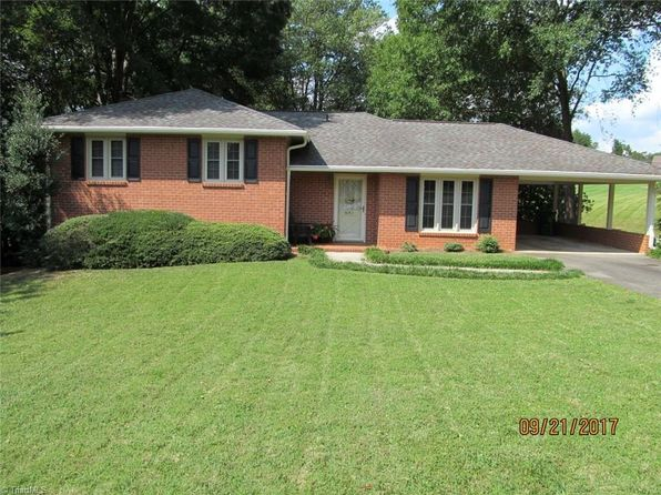 3 bed 2 bath Single Family at 831 Sunset Dr Pilot Mountain, NC, 27041 is for sale at 151k - 1 of 25