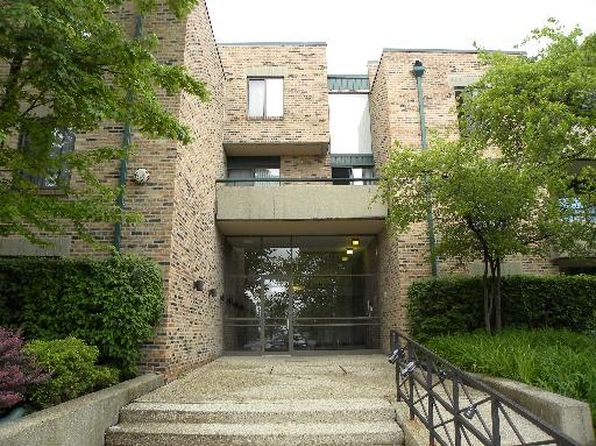 1 bed 1 bath Condo at 1931 Prairie Sq Schaumburg, IL, 60173 is for sale at 125k - 1 of 11