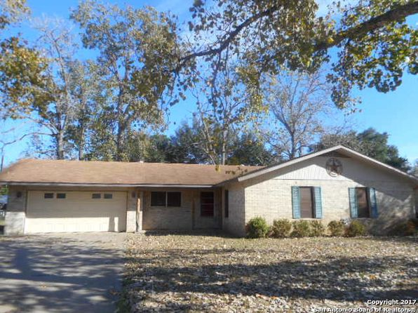 3 bed 2 bath Single Family at 512 High Meadow Dr Pleasanton, TX, 78064 is for sale at 182k - 1 of 13