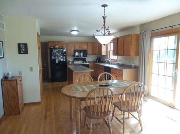 4 bed 3 bath Single Family at 6957 Kettle View Dr S West Bend, WI, 53090 is for sale at 335k - 1 of 22