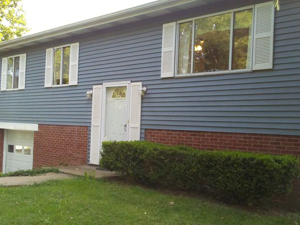 4 bed 2 bath Single Family at 421 Mary St Cranberry Twp, PA, 16066 is for sale at 220k - 1 of 52
