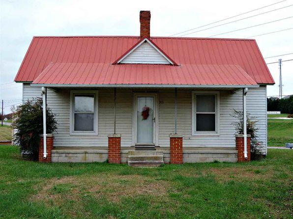 2 bed 1 bath Single Family at 303 Bramble Ln Dandridge, TN, 37725 is for sale at 90k - 1 of 19
