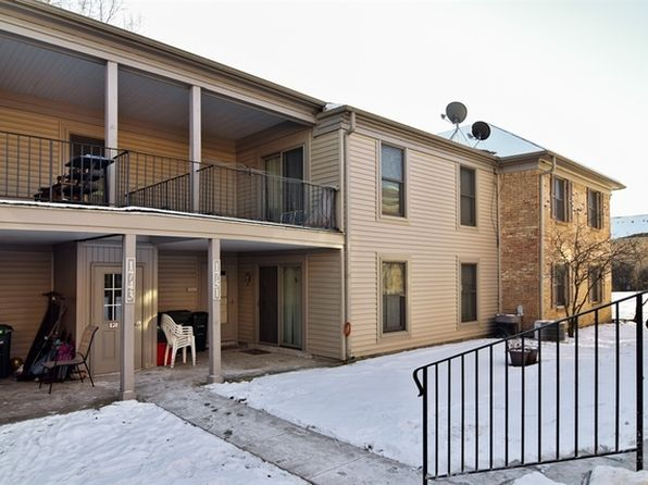 2 bed 2 bath Condo at 1751 Sussex Walk Hoffman Estates, IL, 60169 is for sale at 130k - 1 of 11