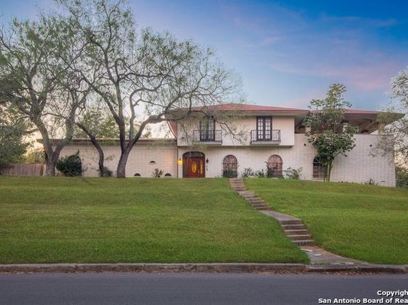 6 bed 4 bath Single Family at 4303 Golf View Dr San Antonio, TX, 78223 is for sale at 300k - 1 of 25