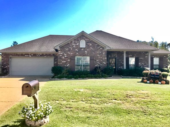 3 bed 2 bath Single Family at 117 Carriage Ln Florence, MS, 39073 is for sale at 164k - 1 of 28