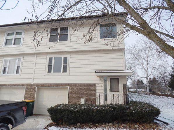 3 bed 2 bath Condo at 1397 Elm Ct Port Washington, WI, 53074 is for sale at 131k - 1 of 20